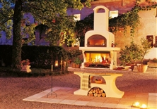 Barbecue in cemento CON FORNO CAPRI 2